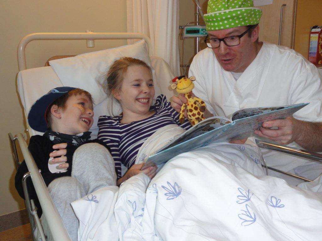 Viktig å skape magiske øyeblikk i hverdagen for barnesykepleier Mads.